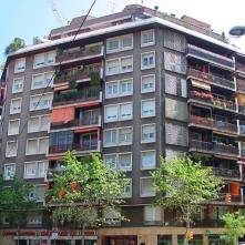 072 Londres - foto façana EA