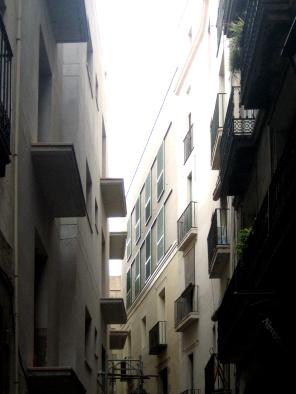 FAÇANA C/Escudellers (2)