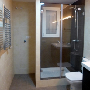 reforma habitatge bany